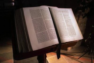 Salmo 17:10-15 Esperanza en DIOS, aunque acongoje la aflicción.