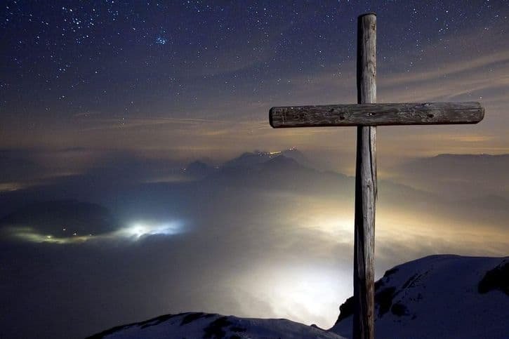 Santiago 3:11 ¡Se distingue lo santo de lo profano!